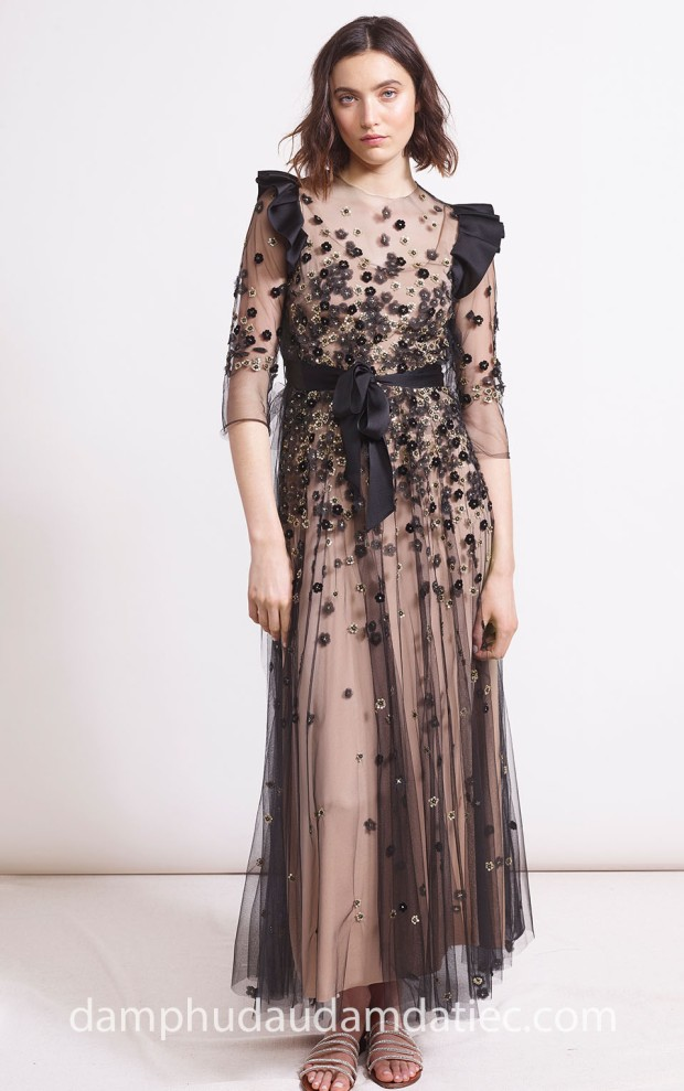 may ao cuoi dep tp hcm meera meera fashion concept 2019 Reem Acra PreF18 look-5