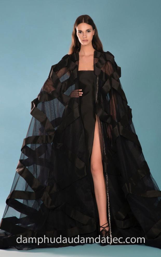 may dam da hoi an tuong can quet tham do meera meera fashion concept GEORGES-HOBEIKA-Resort-2019-Look8b